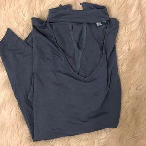 Choker key hole long sleeve blouse